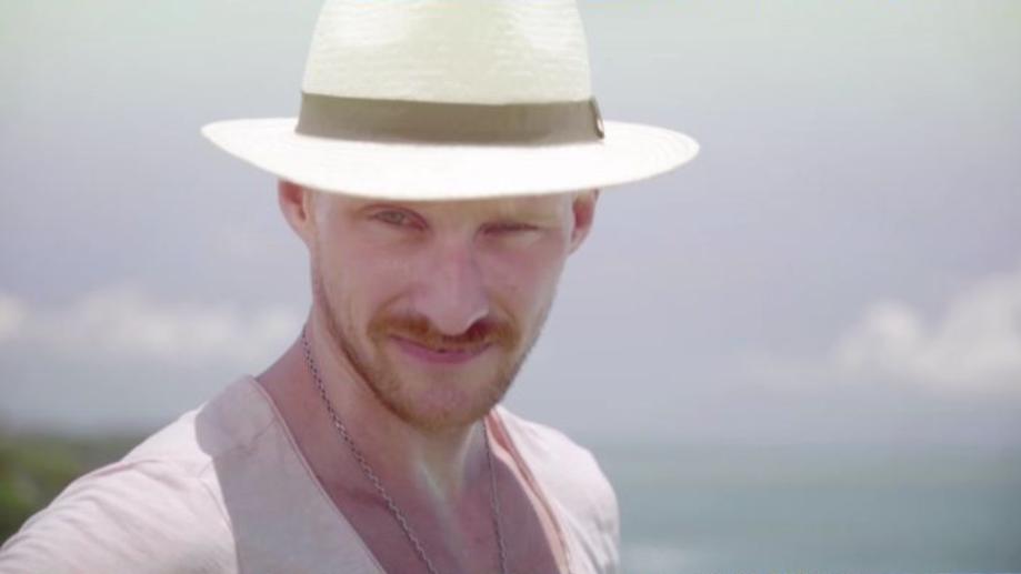 """Ogromna metamorfoza Adama z """"Hotelu Paradise""""! Ciężko go rozpoznać!"""