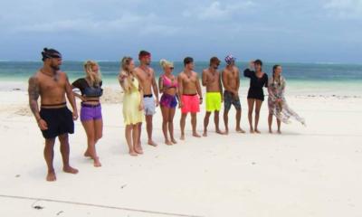 Uczestnicy Hotelu Paradise na zanzibarskiej plaży