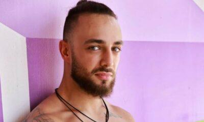 Krystian zgolił brodę