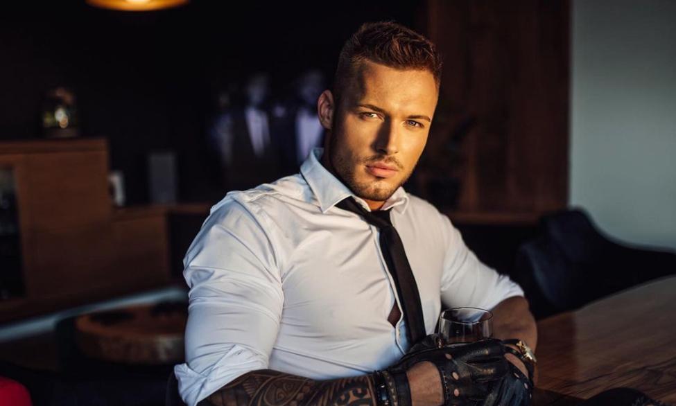 Mariusz Jurek z programu Hotel Paradise.
