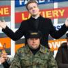 Bohaterowie serialu Ranczo na słynnej ławeczce.