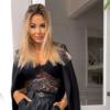 Angela Dańczak z modnych sneakersach marki Fila