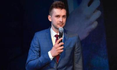 Kim jest Mateusz Bieniek?